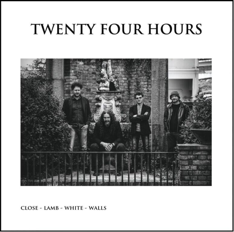 Risultati immagini per twenty four hours close lamb white walls
